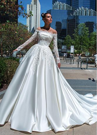 Eye-catching Satin & Tulle Off-the-shoulder Neckline Ball Gown Wedding Dresses With 3D Lace Appliques & Beadings