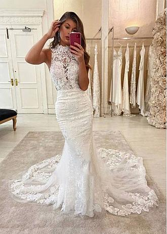 Alluring Tulle High Collar Mermaid Wedding Dress With Lace Appliques