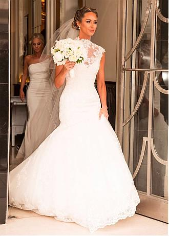 Exquisite Tulle Illusion High Neckline Mermaid Wedding Dresses With Lace Appliques