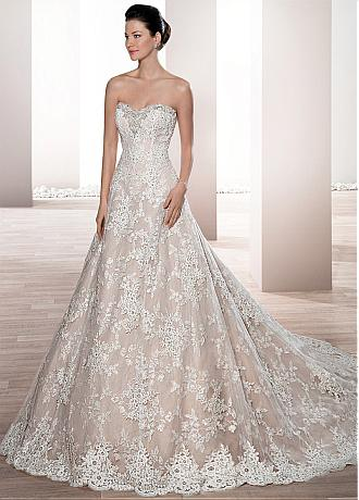 Exquisite Tulle & Lace Sweetheart Neckline A-line Wedding Dress With Beaded Lace Appliques
