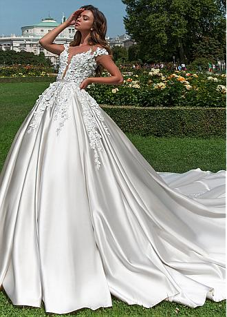 Fashionable Tulle & Satin Jewel Neckline Ball Gown Wedding Dress With Lace Appliques & 3D Flowers & Beadings & Belt