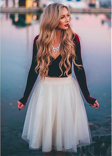 Fashion Fleece & Tulle V-neck Neckline Long Sleeves Two-piece Knee-length A-line Homecoming Dress