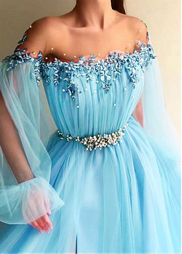 Modern Tulle Jewel Neckline Floor-length A-line Prom Dresses With Lace Appliques & Beadings