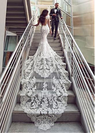 Romantic Tulle Floor-length Mermaid Wedding Dresses With Beadings & Lace Appliques